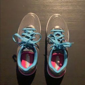 Shiny Skechers